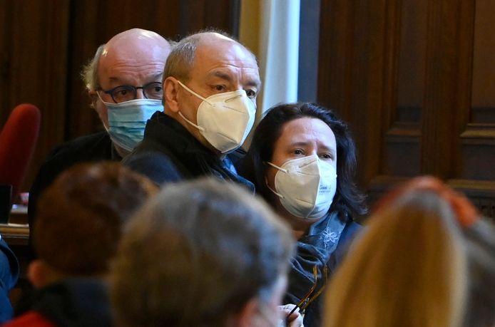 Christian Van Eyken en echtgenote Sylvia B. kregen in beroep 27 jaar cel  voor de moord op Marc Dellea.