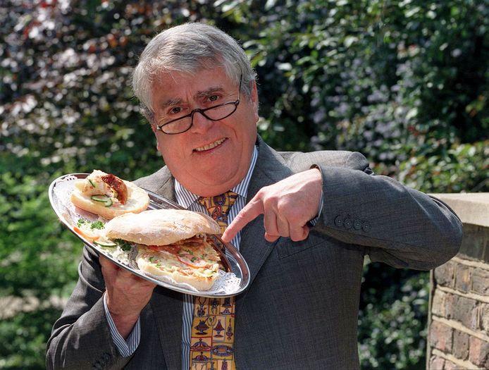 Albert Roux was de mede-oprichter van restaurant Le Gavroche in Londen.