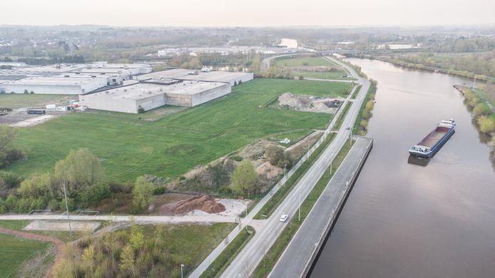 Het vooruitzicht dat op de site Santens langs de Schelde 500 nieuwe woningen zouden komen, baart de partij Groen zorgen.