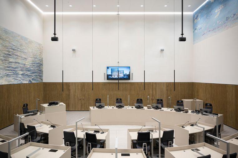 Een rechtszaal met werk van Femmy Otten. Beeld Tom Philip Janssen
