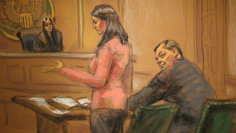 Judge Sarah Netburn listens to defence attorney Sabrina Shroff as Evgeny Buryakov sits in court in New York, January 26, 2015. Beeld REUTERS
