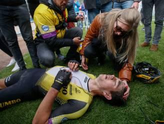 """REACTIES. Van Aert in tranen: """"Zit voorlopig niet mee in Roubaix"""", Vanmarcke: """"Ze gingen er mij niet afrijden vandaag"""""""