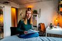 Studente Christy-Anne Wortman zit al bijna een jaar op haar studentenkamer in Leiden te studeren.