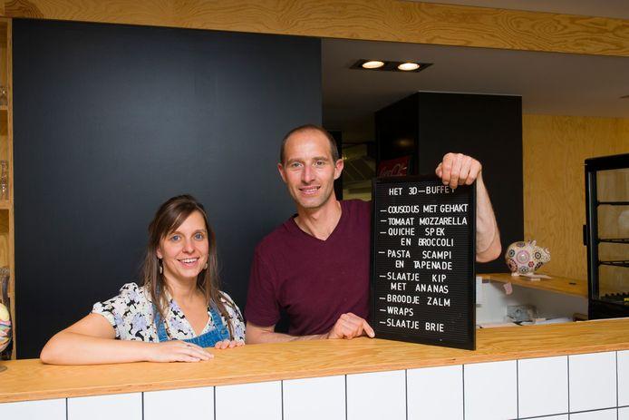 De lunchbar van Dennis en Carmen gaat in september elke zaterdag dicht om voorrang te kunnen geven aan communie- en lentefeesten.