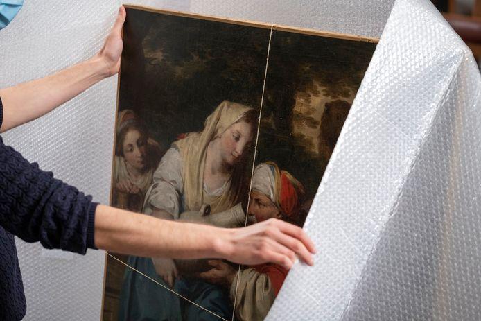 Het was een bijzonder moment toen het gestolen schilderij na 25 jaar weer thuis was in Abdij van Park in Heverlee.