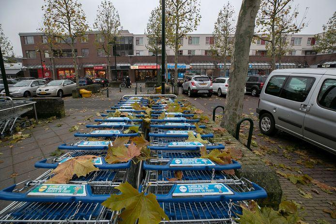 Winkeliers uit Waalre-dorp zijn bezorgd vanwege de maatregelen tegen sluipverkeer.