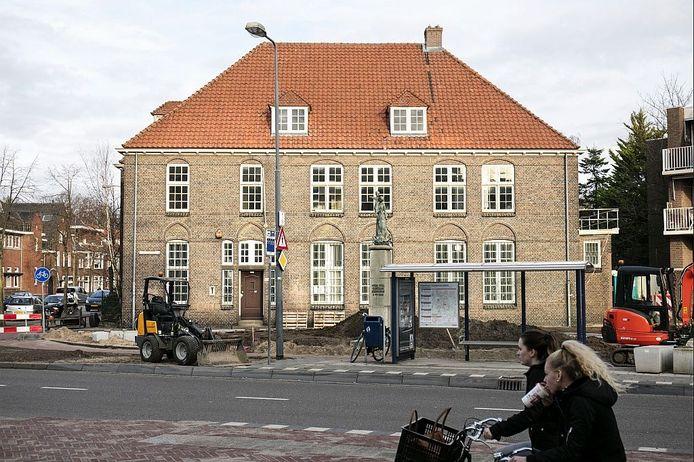 De voormalige pastorie aan het Kapelaan Koopmansplein 113 in Den Bosch