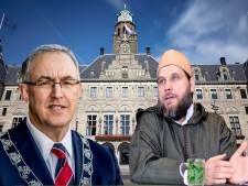 Omstreden imam haalt in video uit naar burgemeester Aboutaleb
