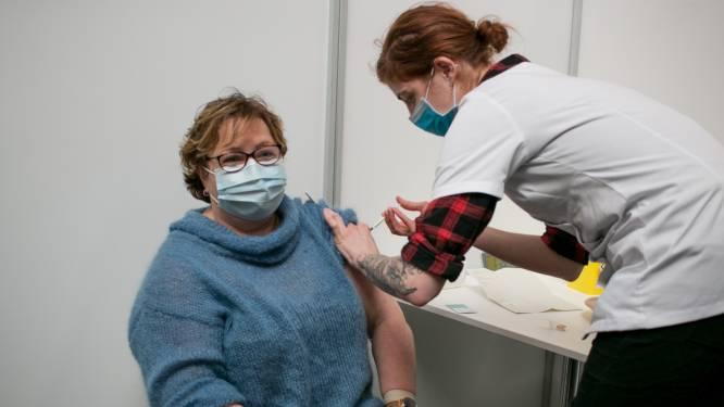 Eerste vaccins toegediend in 't Bau-huis