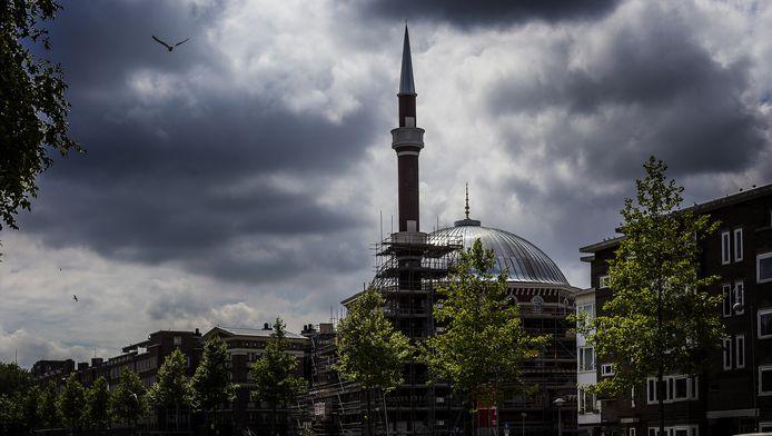 Het moskeebestuur is ervan overtuigd dat er binnenkort genoeg geld is.