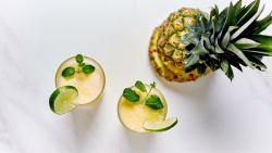 Maak een lekker beautydrankje met ananas