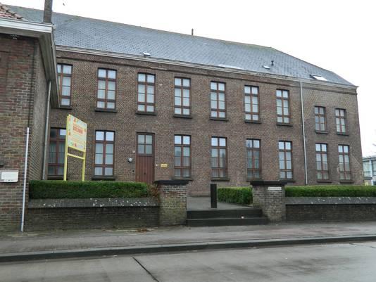 In dit oude klooster worden vanaf februari 75 asielzoekers opgevangen.