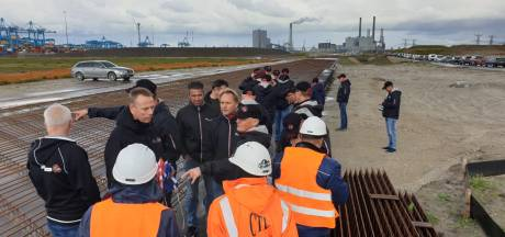 Havenwerkers en bedrijfsleven botsen over speciale containerweg op de Maasvlakte