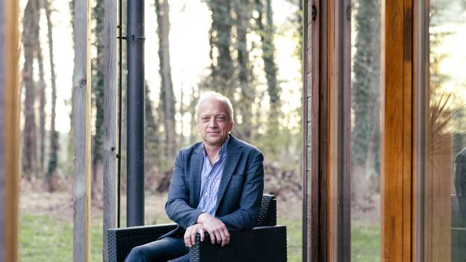 """Epidemioloog Yves Coppieters (ULB): """"Het uitstel voor het buitenplan en de heropening van de terrassen is geen goede zaak"""""""