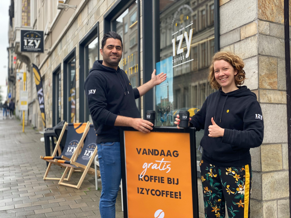 Barista's Ari en Inge van Izy Coffee in Gent.