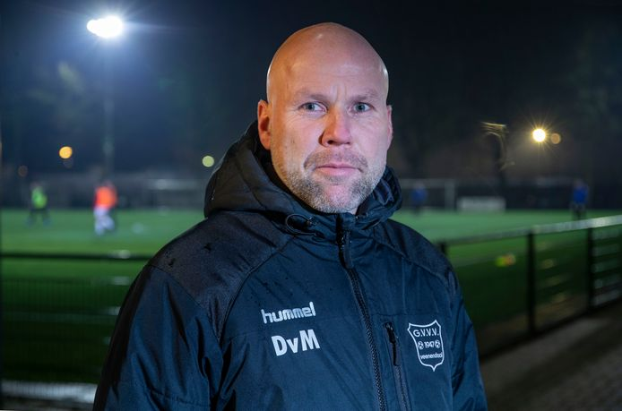 Dennis van Meegdenburg verzorgt de komende weken bij GVVV trainingen, die spelers op vrijwillige basis kunnen volgen.