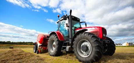 Boer rijdt dochtertje (2) dood met tractor