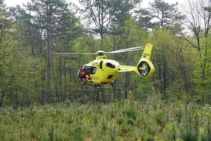 Mountainbiker gewond na val in bossen bij Dorst.