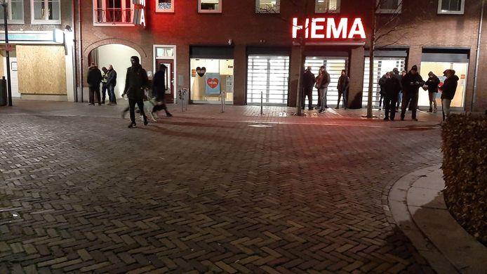 Centrum van Schijndel iets voor 21.00 uur.