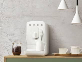 Smeg doet het weer: hun eerste volautomatische koffiemachine is een streling voor het oog