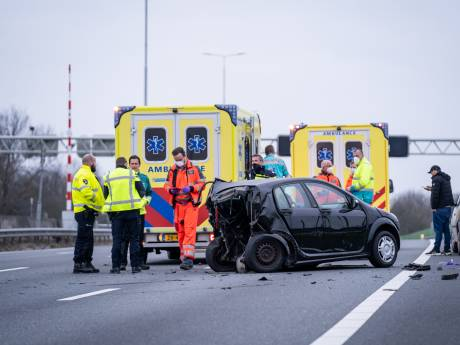 Minstens één zwaargewonde na ongeluk bij Heinenoordtunnel
