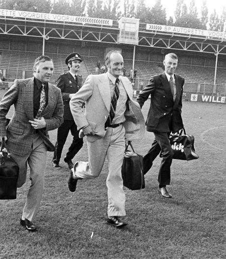 Scheidsrechter Pijper keurde gelijkmaker NAC tegen Ajax af in 1973: 'En toen moest-ie op de loop'