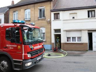 Branddeskundige aangesteld nadat brand uitbreekt in achterbouw van woning