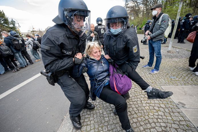 In Berlijn is het woensdag tot protestbetogingen tegen het Duitse coronabeleid gekomen.