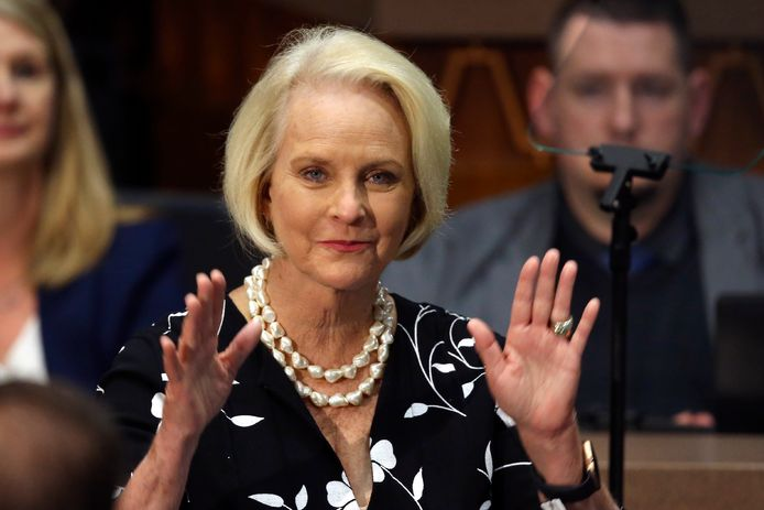 Cindy McCain, de weduwe van John McCain.