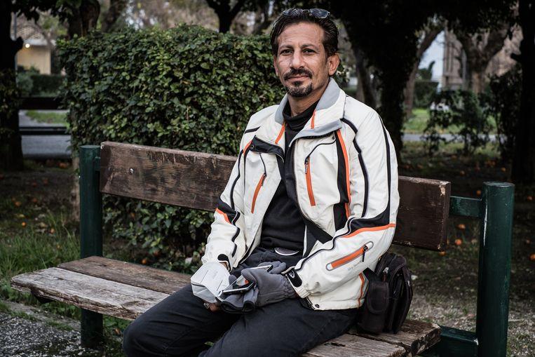 Raed Alobeed is een van de ongeveer vijfhonderd Syriërs in Moria. Beeld Nicola Zolin