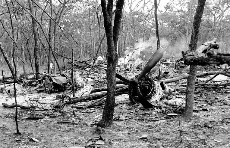 De Zweed Hammarskjöld kwam om het leven in de nacht van 17 op 18 september 1961, toen de DC-6 met hem aan boord crashte dichtbij het vliegveld van Ndola (in het huidige Zambia). Beeld AP