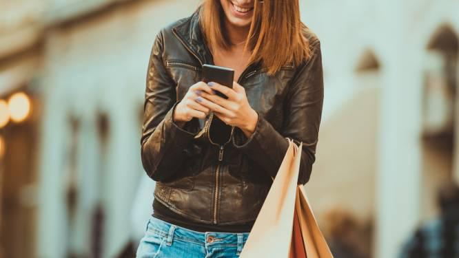 Sms'en tijdens het wandelen: we doen het allemaal, maar niemand geeft het toe