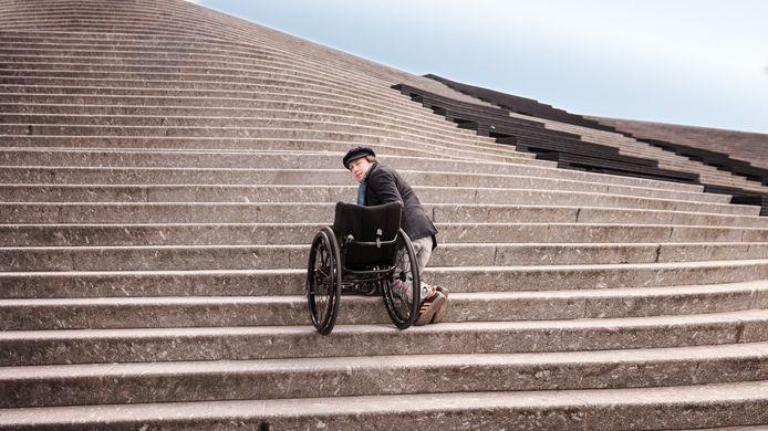 Mari Sanders en de dagelijkse uitdagingen van het leven in een rolstoel.