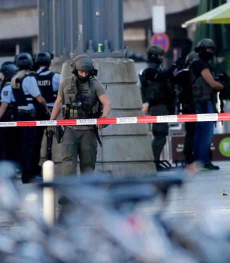 Gijzelnemer Keulen bond gasfles aan vrouw en zwoer trouw aan IS