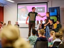 Debatwedstrijd op Meander in Ootmarsum: 'Discussiëren is belangrijk als je minister wilt worden'