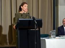 Premier Ardern maakt excuses voor fouten in aanloop naar aanslagen Christchurch