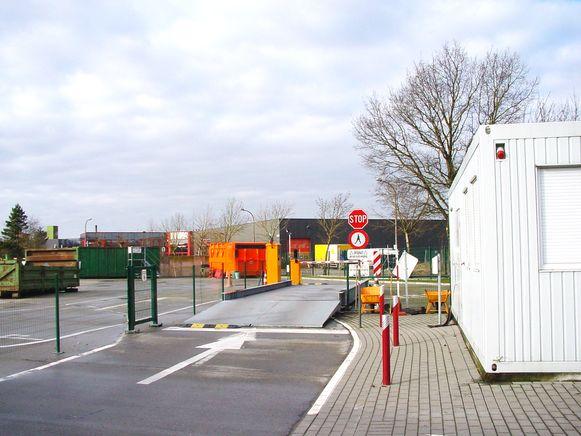 Het recyclagepark in Landegem krijgt ook weegbruggen, net zoals in Deinze.