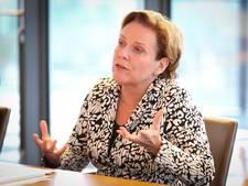 Commissaris van de Koning in Overijssel praat met informateur Schippers