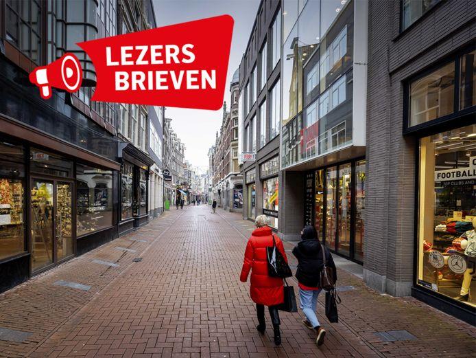Rustig in het centrum van Amsterdam, een dag nadat premier Rutte een nieuwe lockdown aankondigde.
