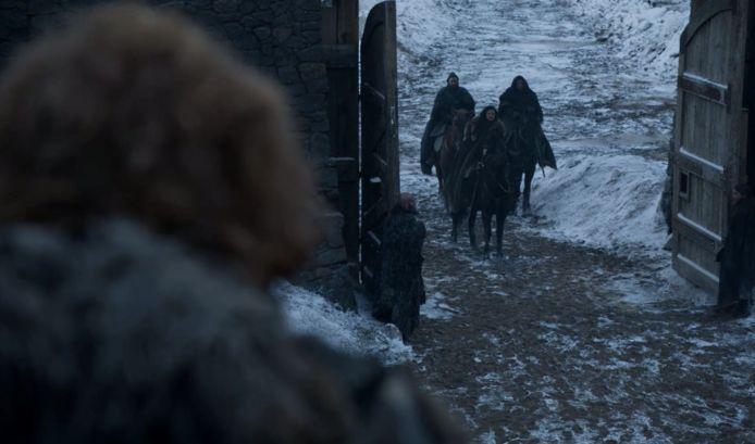 Jon arriveert in Het Noorden.