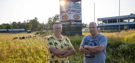 Motorcrossers in Valkenswaard balanceren tussen hoop en vrees; wanneer kan het circuit weer open?