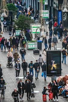 Verbazing om posters van gemeente: Fietspad in Grote Marktstraat is 'geen fietspad'