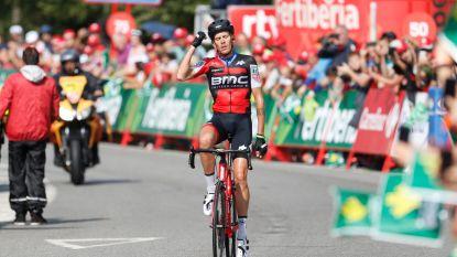 Met de gashendel open: De Marchi zet spektakelrit in Vuelta naar zijn hand. Pinot komt tekort voor leiderstrui