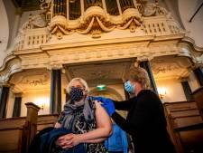 Coronaprik in de kerk met orgelmuziek: 'Maar geen zware psalmen of donderende bassen'