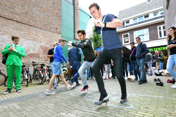 Hoge hakkenrace in Wageningen tijdens de introductie van afgelopen jaar.