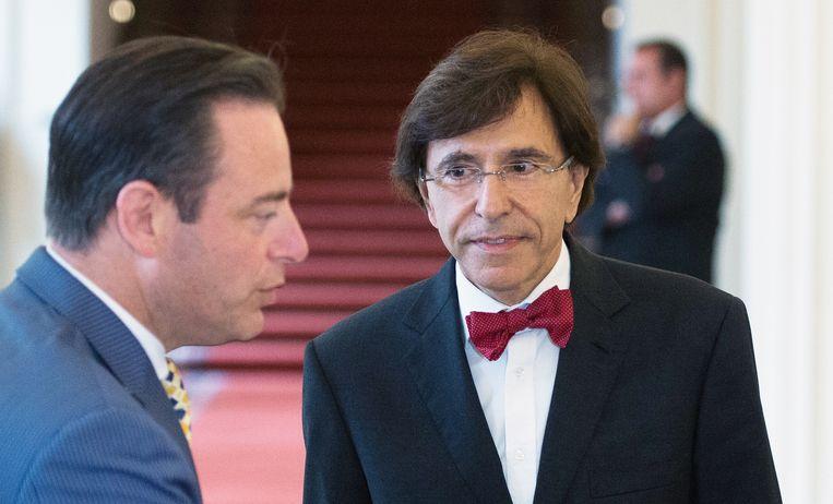 Bart De Wever (N-VA) en Elio Di Rupo (PS): het water is extreem diep. Beeld belga