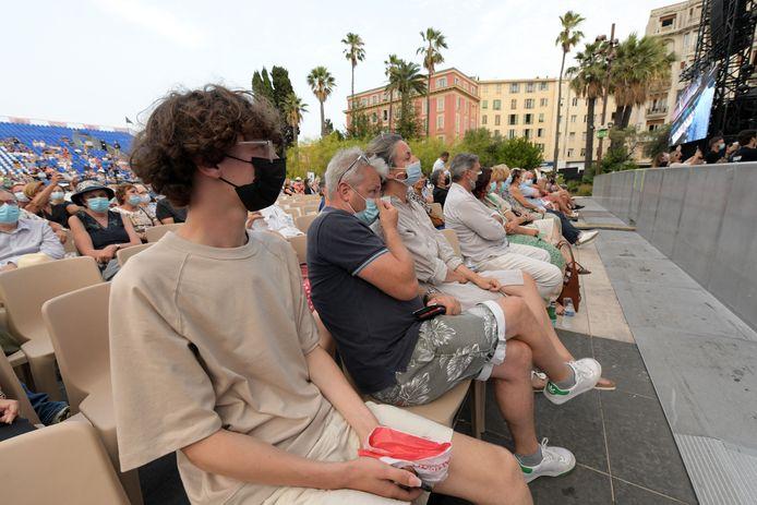 Al vanaf volgende week moeten bezoekers van grote evenementen een pass sanitaire kunnen voorleggen in Frankrijk.