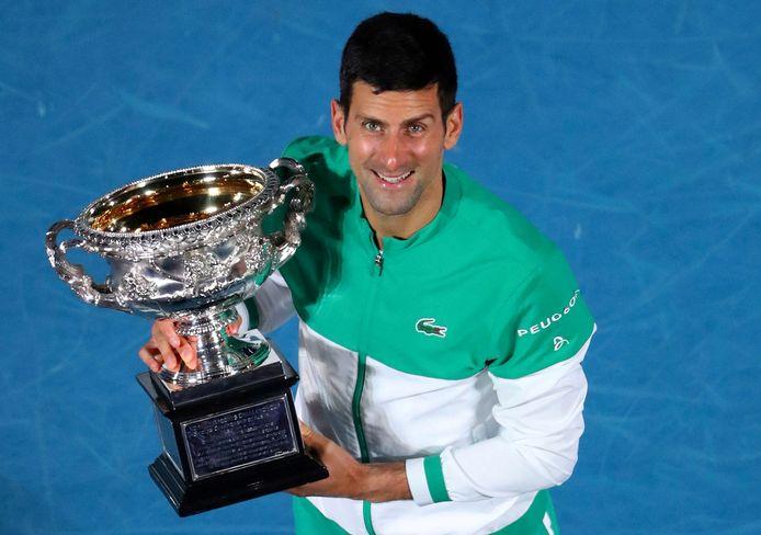 Un mois après son titre en Australie, le numéro 1 mondial repousse sa reprise.