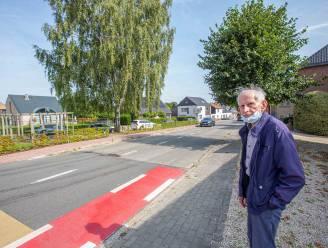 """Bewoners Nieuwbaan zijn slechte straat beu: """"Woningen scheuren nu al, we kunnen niet meer wachten"""""""