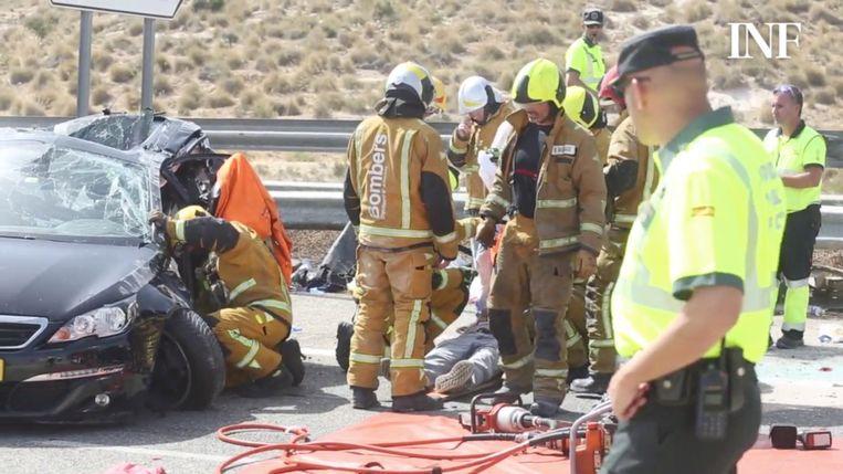 Bij een zware botsing tussen een Belgische en een Nederlandse auto in het Spaanse El Campello (Alicante) zijn gisteren vier doden gevallen. Een van de dodelijke slachtoffers is een Belgische peuter van ongeveer twee jaar oud. Dat meldden verschillende Spaanse media.